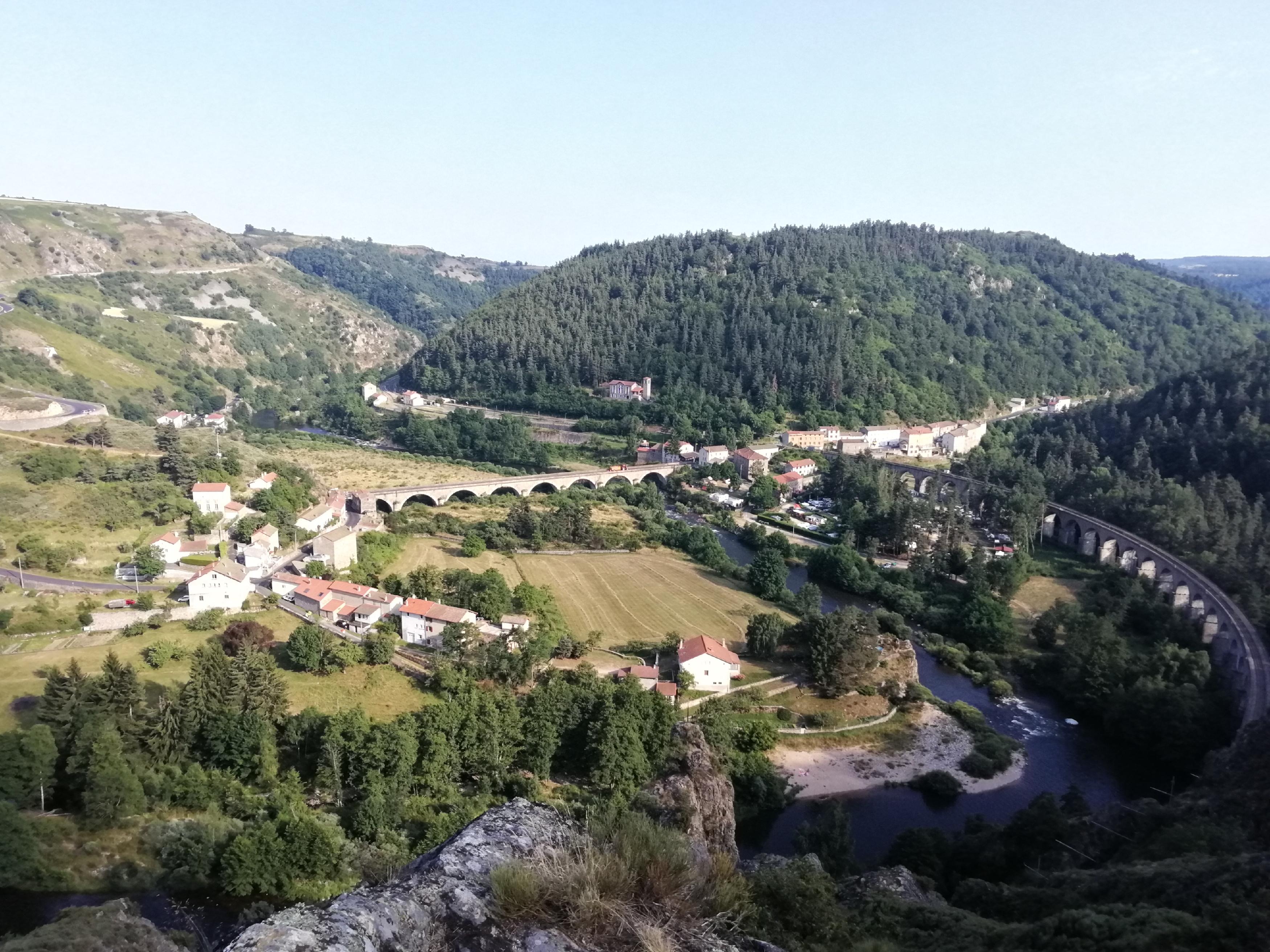 Le village vu de la montagne